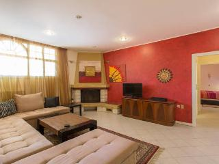 2-Bedroom Apartment in Glyfada