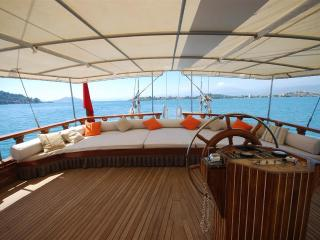Platin Yachting Yacht Charter in Turkey TR004