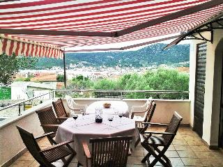 Marchetto House for 8 persons with sea view, Vinisce