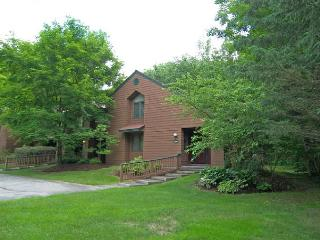 Deer Park 302 - Managed by Loon Reservation Service, Woodstock