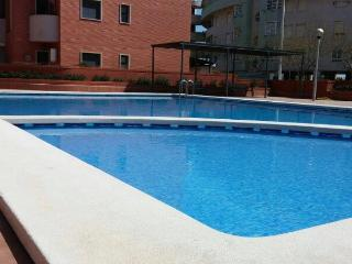 Apartment 6 pers in Santa Pola, 400m to the beach