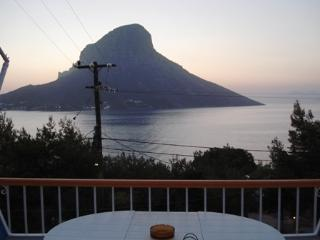 Family 2 bedroom apt with panoramic sea view, Kalymnos