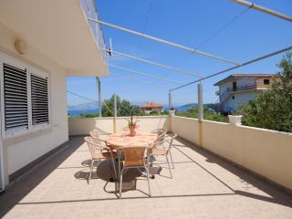 Modern and good value two bedroom apartment