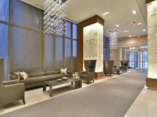 300 Front St - Luxury 2BD suite right by CN Towe, Toronto
