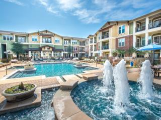 Luxious Urban Oasis- 2bed/ 2Bath, Grapevine