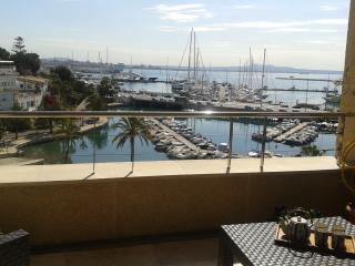 1ª línea bahía, vistas maravillosas, piscina,, Palma de Mallorca