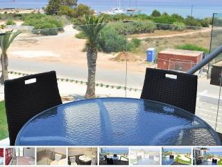 CYPRUS HOLIDAYS IN APARTMENTS