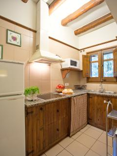 La Casa del Bosc A. Cocina equipada.