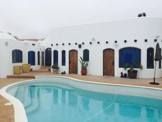 CASA MIL FLORES -    OCEANFRONT BEACH HOUSE