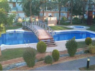 Cambrils. Piso 3 habitaciones, terraza y piscinas