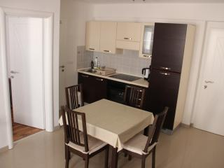 Nice apartment with balcony, Sukosan