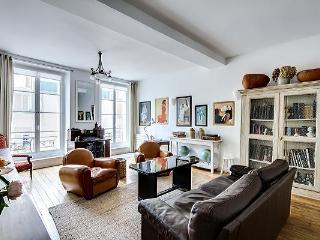 Spacious 3 bedrooms in Montorgueuil, Paris