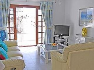 Golf Del Sur - Sunny 2 Bed apartment, sea views, Golf del Sur