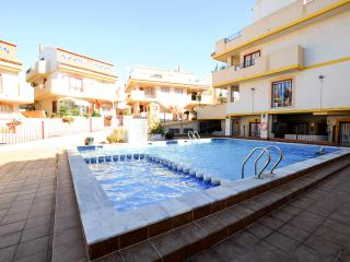La Zenia - Immaculate 2 Bedroom Ground Floor Apt
