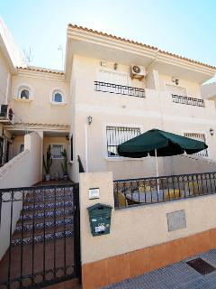 Book Your Immaculate Family Town house on the Mar Menor !