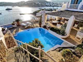 Villa Anna - Luxus-Villa-Vermietung in Agios Lazaros, Míkonos