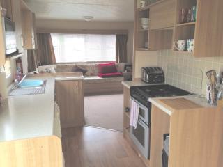 Holiday Caravan/Mobile Home in Clacton on Sea, Clacton-on-Sea