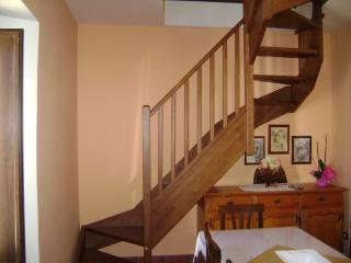appartamento mansardato nel borgo medievale, Introdacqua
