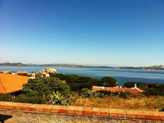 Baja Sardinia appartamento vista mare, Baia Sardinia