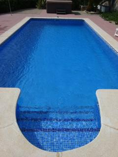 8m x 4m pool with steps for easy access