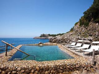 Seaside villa in Sorrento, Italy- part of Marina Punta Campanella. YPI ARE, Sorrente