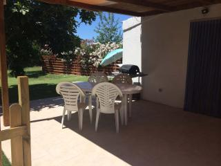 Studio Cottage FIG  WIFI  400m from sea own garden, Alghero