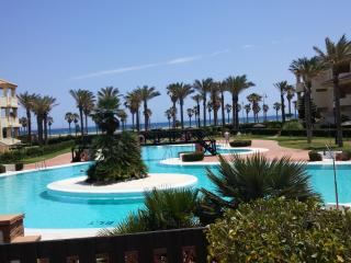 PRIMERA LINEA PLAYA Urb.Villa Romana Playa Serena, Roquetas de Mar