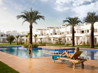 Luxury 2 bed apartment on 5 star golf resort, Alhama de Murcia