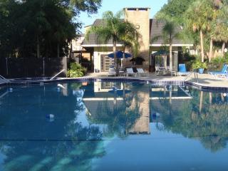 2 Bedroom 1,668 sq ft Apartment, Great Price, Orlando