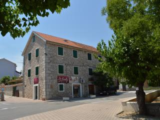 TH00507 Apartments Živana / Three bedrooms A1, Vodice
