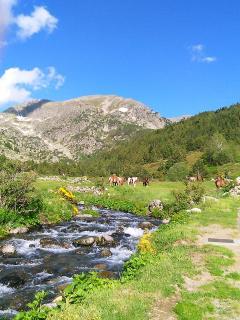 Valle de Incles, maravillosas rutas en verano