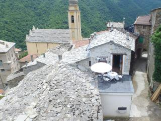 Newly Renovated Traditional Rustico, with large garden,  Ligurian mountains