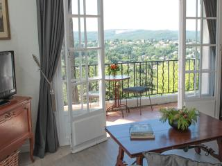 Lovely provençal villa, sea view, St Paul de Vence, St-Paul de Vence
