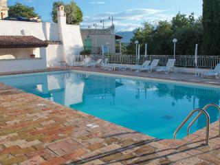 Lovely provencal villa, sea view, St Paul de Vence