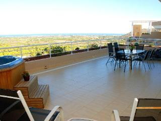 Penthouse with views,mountain, Javea