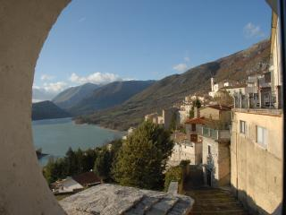 "Panoramic apartment - ""Ilduccia"", Barrea"