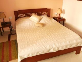 Std Single room in Casa Cottage, Bangalore