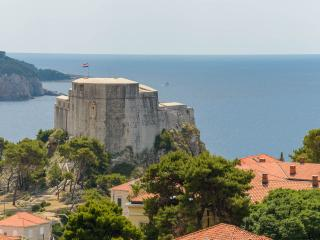 PURPLE DREAM for a great holiday in Dubrovnik!