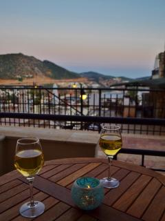 Take in the beautiful views whilst enjoy a sundowner!