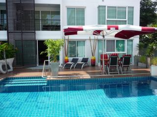 Condo55, wheelchair access, high low level beds, Hua Hin