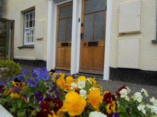 No.10 Broad St, Padstow Centre, Maypole Cottages