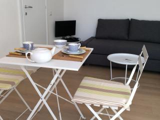 BRIGTH AND COSY STUDIO (25sq.) in Chinatown, Milan