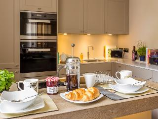 Stunning 2 Bed 2 Bath Apt in Southernhay Exeter 5 star reviews all the way