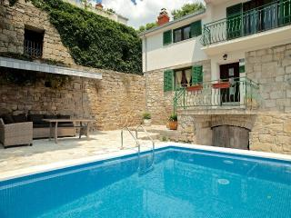 Villa with a private pool near Split - special prices May/June
