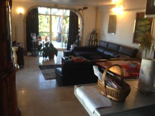 APPARTEMENT DUPLEX PLAYE/GOLF, Torremolinos