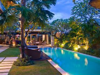 Luxury  Villa 3BR - Seminyak