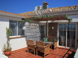 NEW, TERRACE, BARBACUE, NEAR CENTRAL CITY, PARKING, Granada