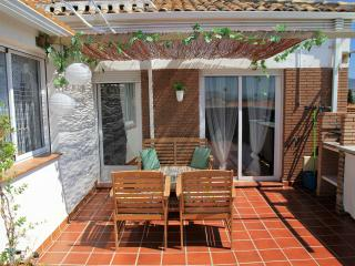NEW, PRIVATE TERRACE, FULL AIR CO, PARKING, WIFI, Armilla
