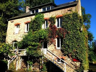 Le Moulin du Vey, A Charming Cottage in Normandy