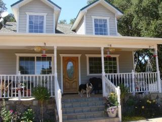Wine Country Cottage in the Oaks, Atascadero